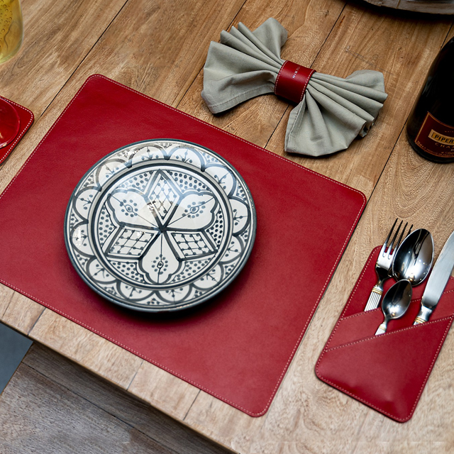 Luxury Placemat & Cutlery set